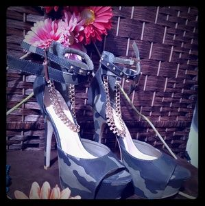 """"""" high heel shoes  Army Color"""